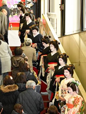浅草総見で賑わった「新春浅草歌舞伎」