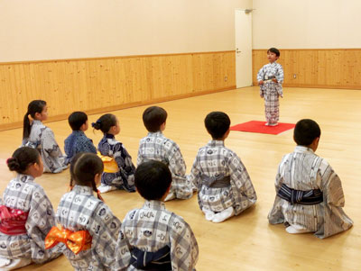 こども歌舞伎スクール寺子屋「夏期体験ワークショップ」参加者募集